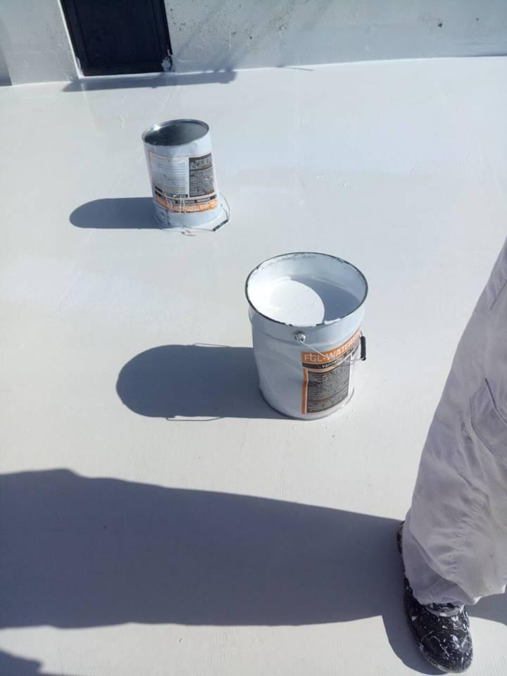 Μονωτικό υλικό που χρησιμοποιείται στη στεγανοποίηση ταράτσας.